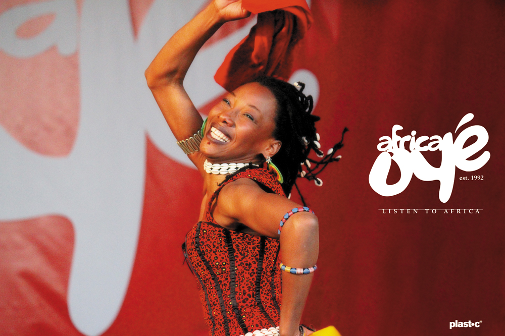 Fatoumata Diawara performing at Africa Oyé 2011